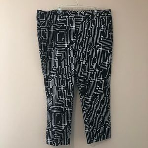 Abstract Print Ankle Pants
